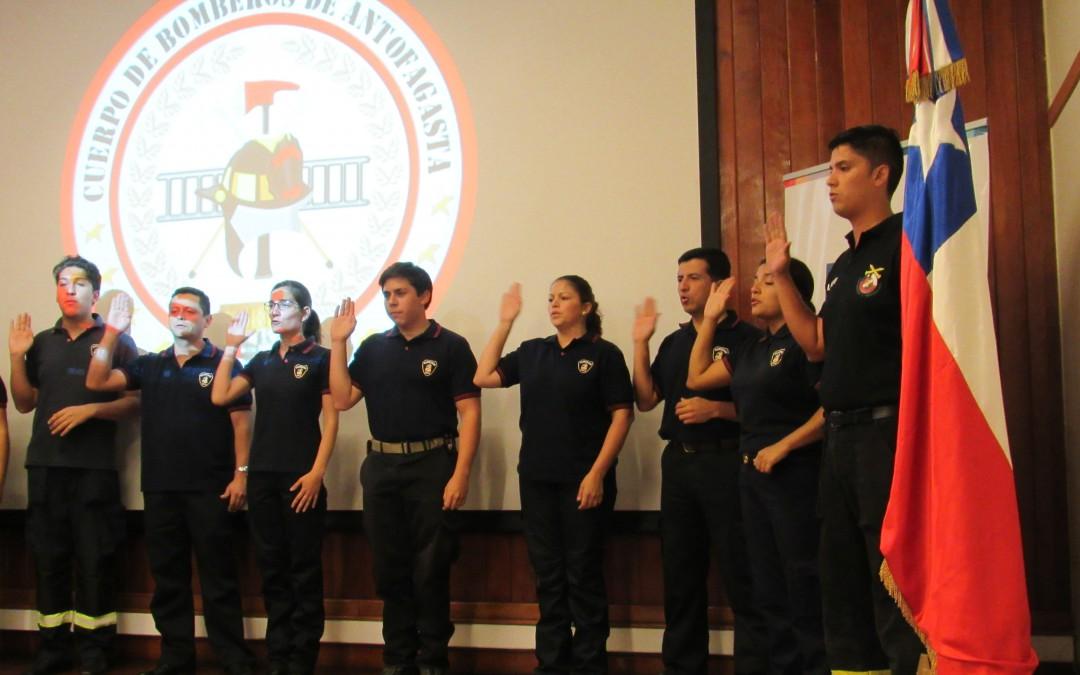 Bomberos ya son comunicadores de lenguas de señas chilenas