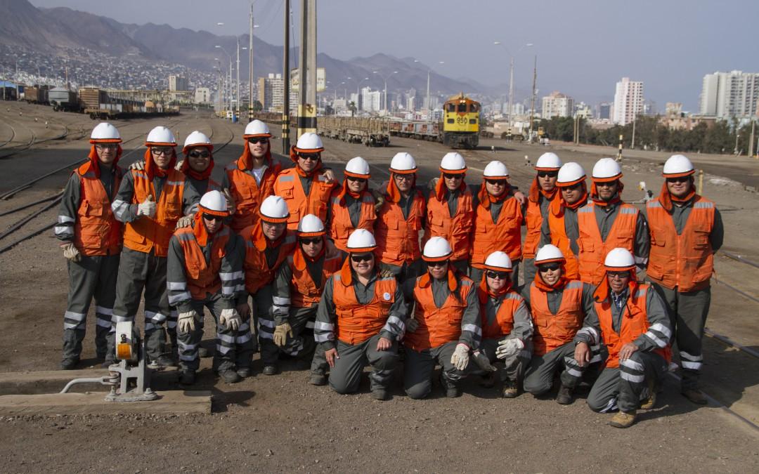 20 jóvenes culminaron con éxito  su capacitación como Operador 3