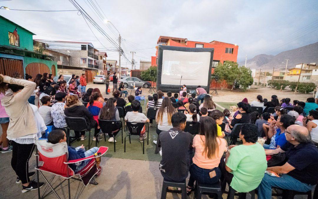 VECINOS DE ANTOFAGASTA, CALAMA Y MEJILLONES VAN ´POR LA VÍA DEL CINE'
