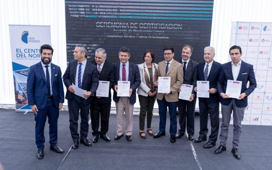 Ferrocarril y empresas del APL Puerto Antofagasta fueron certificadas por cumplir 100%